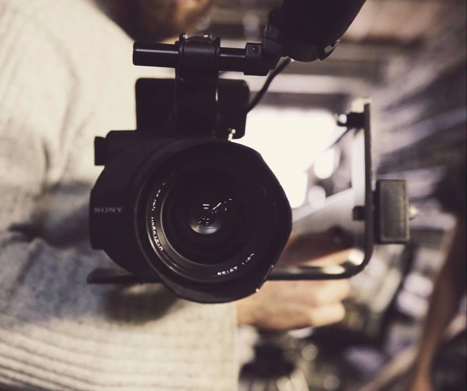 סרטון וידאו תדמיתי